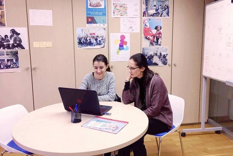 Estudiantes que enriquecen los horizontes de los proyectos