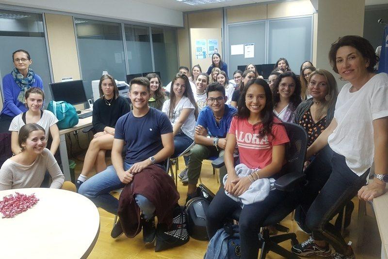 Sessió de formació presencial per a noves persones voluntàries